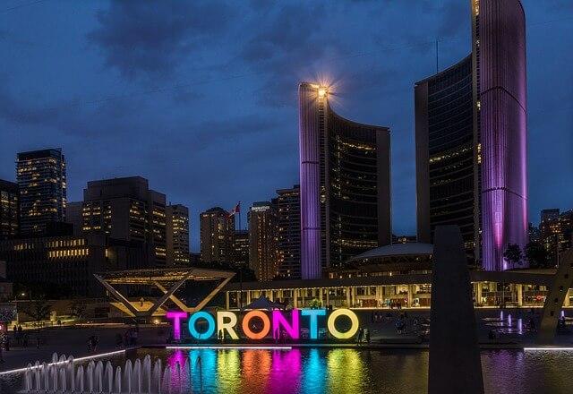 Voyage Canada : un itinéraire insolite d'une journée à la découverte de Toronto
