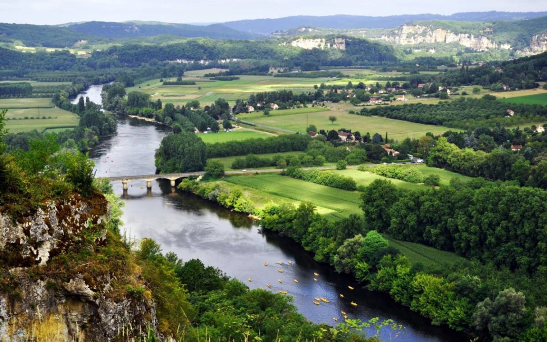 Camping en Dordogne : une parenthèse nature en famille