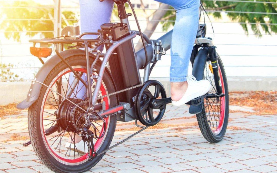 Le vélo électrique: une bonne idée de sortie en famille pour vous balader sans effort