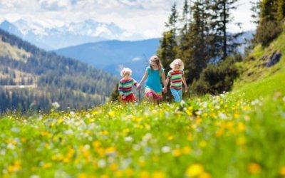 Un séjour de randonnée, une activité à faire en montagne avec toute la famille