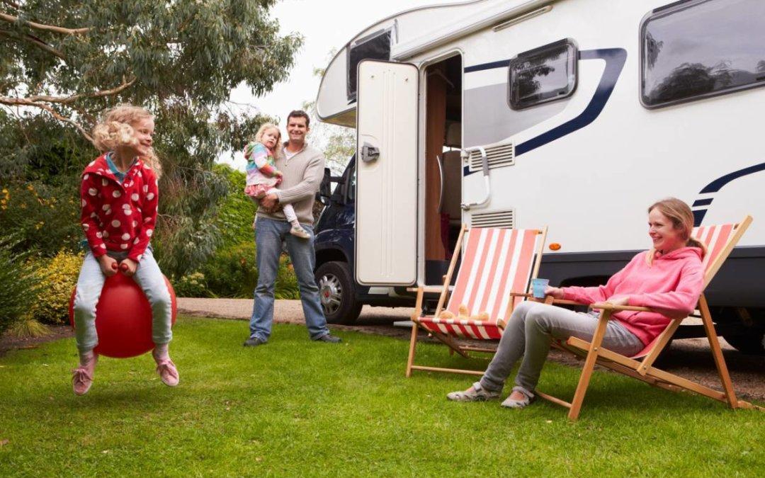 Les avantages de voyager en famille à bord d'un camping-car moderne