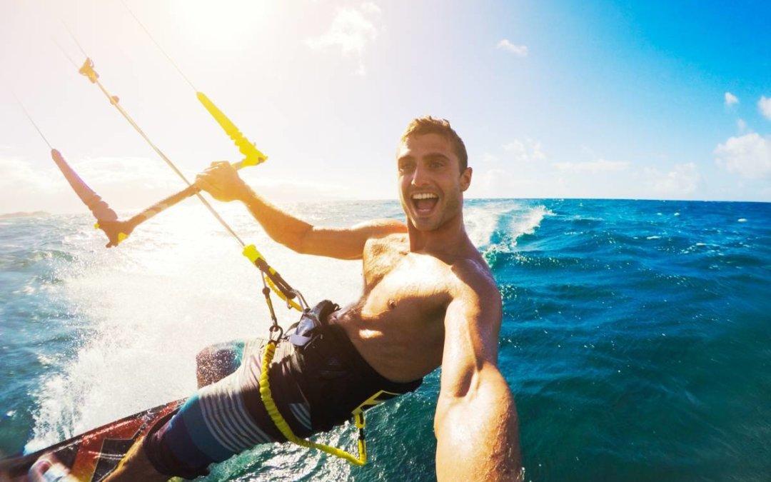 Où faire du kitesurf en Méditerranée ?