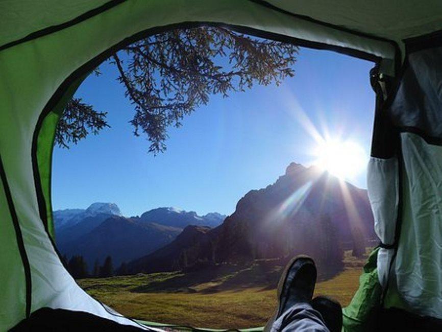 Que propose Treflio pour les adeptes du camping?